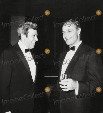 Adolph Green Photo - Adolph Green and Marlon Brando Snnc Benefit Photo Irv SteinbergGlobe Photos Inc