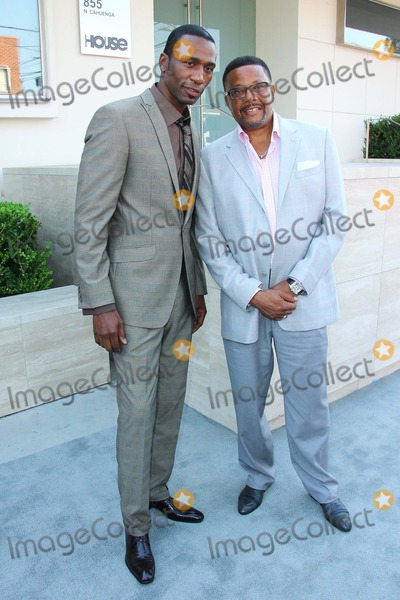 Judge Mathis Photo - Judge Mathis and Leon Robinson Attend 7th Annual Pre Dinner Celebration of Bet Awards on June 29th at the Milk Studios in Los Angelescausa Photo TleopoldGlobephotos