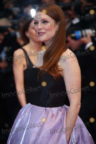 Julianne Moore Photo - Actress Julianne Moore attends the Premiere of the Great Gatsby During the 66th International Cannes Film Festival at Palais Des Festivals in Cannes France on 15 May 2013 Photo Alec Michael Photo by Alec Michael - Globe Photos Inc