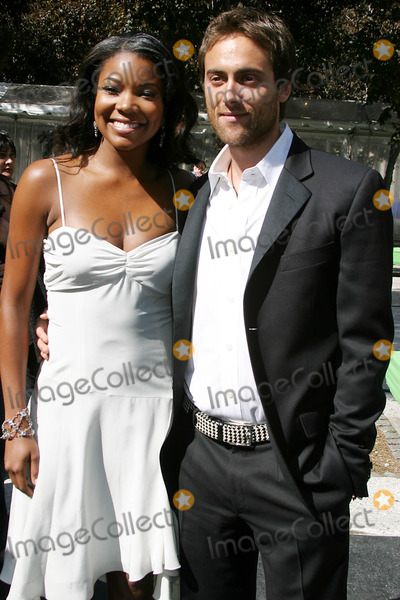 Gabrielle Union Photo - Abc Upfront Event Lincoln Centre New York 05-17-2005 Photo Clinton H WallacephotomundoGlobe Gabrielle Union and Stuart Townsend