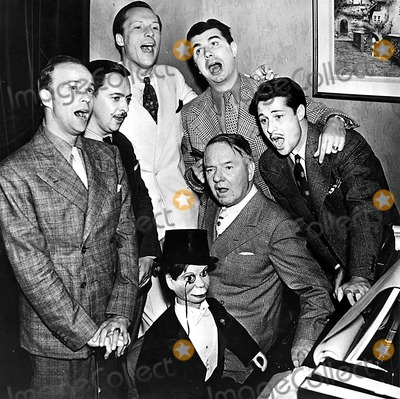 Don Ameche Photo - Edgar Bergen Robert Armbruster Unidentified Ken Murray Don Ameche Wc Fields and Charlie Get Together For Some Auld Lang Syne at an Early Bergen Broadcast SmpGlobe Photos Inc