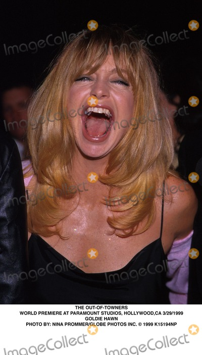 Goldie Photo - 032999 the Out-of-towners World Premiere at Paramount Studios Hollywood CA Goldie Hawn Photo by Nina PrommerGlobe Photos Inc