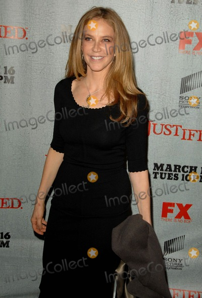 Ally Walker Photo - Allie Walker attends the Los Angeles Premiere Screening of Justified Held at the Directors Guild of America in Los Angeles CA 03-08-10 Photo by D Long- Globe Photos Inc 2009