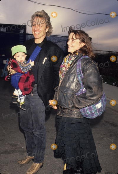 Karen Allen Photo - Karen Allen with Her Husband and Son at Cirque De Solei 1991 L1353 Photo by Michael Ferguson-Globe Photos Inc