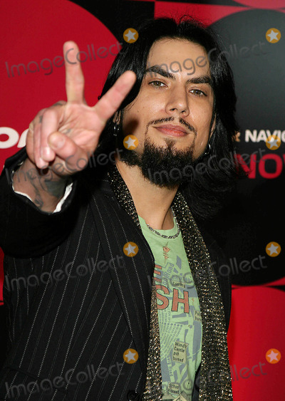 Dave Navarro Photo - ADRIAN GRENIER CARMEN ELECTRA MOLLY SIMS  PIONEER ELECTRONICS (USA) INC INVITE YOU TO THE LAUNCH OF THE MOST ADVANCED AUTOMOTIVE NAVIGATION SYSTEMSMONTMARTE LOUNGEHOLLYWOOD CA 04-21-05JAIMIE RODRIGUEZ  GLOBE PHOTOS(C) 2005DAVE NAVARROPHOTO BY JAIMIE RODRIGUEZ-GLOBE PHOTOS 2005K42836JR