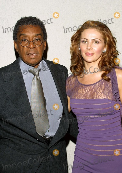 Don Cornelius Photo - Don Cornelius and His Wife Victoria K27298tr Norby Walters 21st Annual Pre-holiday Party the Friars Club Beverly Hills CA Nov 24 2002 Photo by Tom RodriguezGlobe Photos Inc