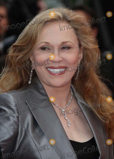 Faye Dunaway Photo - Faye Dunaway Actress attends the Red Carpet Arrivals For Les bien-aimes Premiere Closing Night at the 2011 Cannes Film Festival  at Palais Des Festivals in Cannes France on 05-21-2011 photo Dave gadd-l-globe Photos Inc 2011