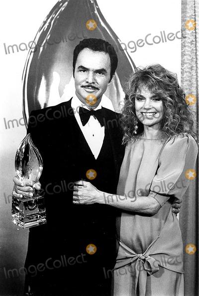 Burt Reynolds Photo - Burt Reynolds and Dyan Cannon at the 1984 People Choice Awards DmGlobe Photos Inc