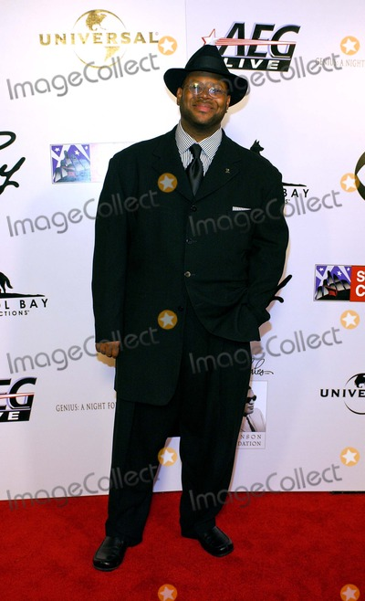 Jimmy Jam Photo - Cbs Ray Charles Tribute Genius a Night For Ray Charles at the Staples Center Los Angeles California 100804 Photo by Valerie GoodloeGlobe Photos Inc 2004 Jimmy Jam