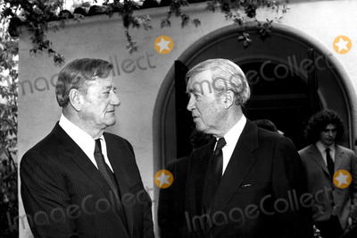 James Stewart Photo - John Wayne and James Stewart at Howard Hawks Memorial 1978 2733 Bob NobleGlobe Photos Inc Johnwayneobit