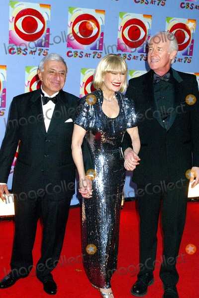 Jamie Farr Photo - Cbs at 75 at the Hammerstein Ballroom  NYC 11022003 Photosonia Moskowitz  Globe Photosinc Jamie Farr Loretta Swit and Mike Farrell