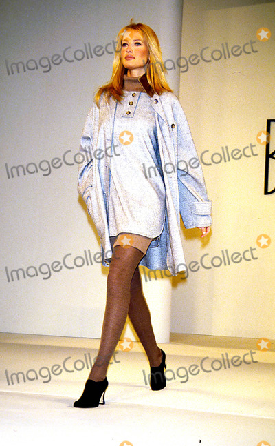 Karen Mulder Photo - Sd0408 Bill Blass Fashion Show 94 Karen Mulder Photo Byjohn BarrettGlobe Photos Inc