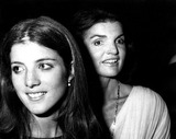 Jacqueline Kennedy Onassis Photo - Caroline Kennedy and Mother Jacqueline Kennedy Onassis Globe Photos Inc Jacquelinekennedyonassisobit