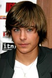 Zac Efron Photo - Archival Pictures - Globe Photos - 38157