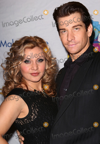 Andy Karl Photo - Orfeh and Andy Karl attends the 14th Annual Only Make Believe Gala at the Bernard B Jacobs Theatre on November 4 2013 in New York CityCredit McBrideface to face