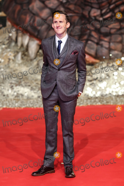 Adam Brown Photo - Adam Brown bei der Ankunft zur Premiere von - Der Hobbit  Smaugs Einoede - in Berlinam 09122013Credit Tamara Bieberface to face Adam Brown upon arrival at the premiere of - The Hobbit - Smaug wasteland - in Berlin 09122013Credit Tamara Bieberface to face