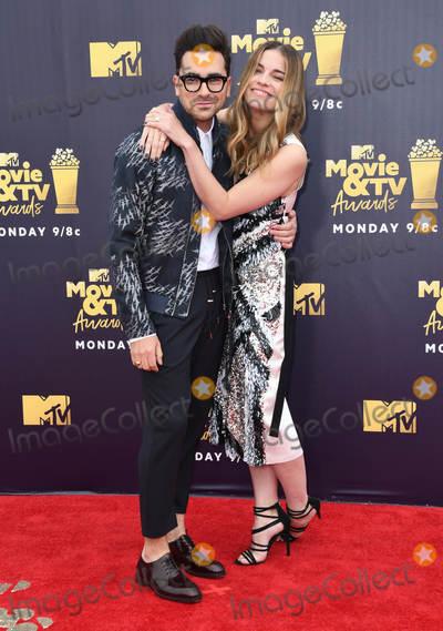 Annie Murphy Photo - 16 June 2018 - Santa Monica California - Dan Levy Annie Murphy 2018 MTV Movie and TV Awards held at  Barker Hangar Photo Credit Birdie ThompsonAdMedia