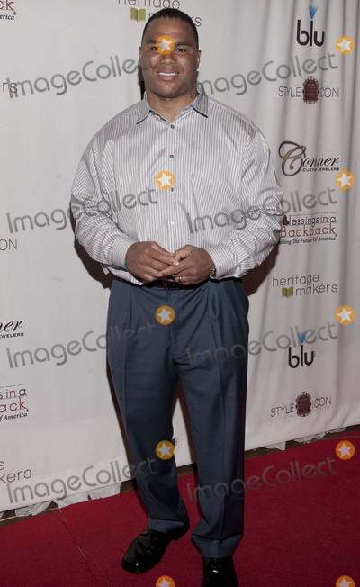 Al Smith Photo - 8 November 2011 - Nashville Tennessee - Al Smith Al Smith at the Style Icon Gifting Suite in Celebration of the 45th CMA Awards outside of Bridgestone Arena in downtown Nashville Photo Credit Ryan PavlovAdmedia
