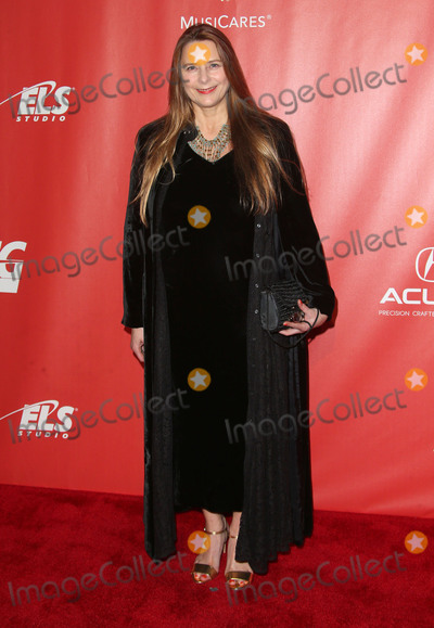 Allison McGourty Photo - 10 February 2017 - Los Angeles California - Allison McGourty 2017 MusiCares Person Of The Year Honors Tom Petty Photo Credit F SadouAdMedia