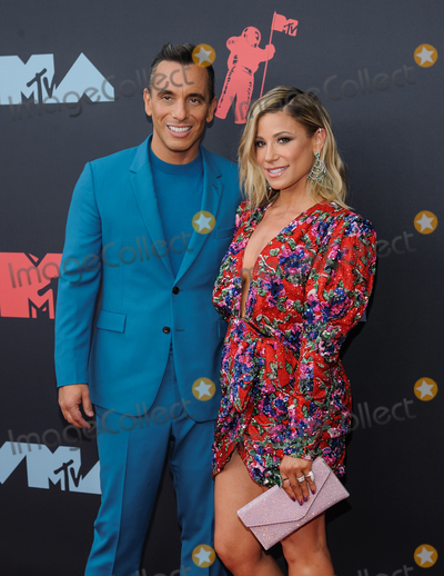 Gomez Photo - 27 August 2019 - Newark New Jersey -  Sebastian Maniscalco Lana Gomez 2019 MTV Video Music Awards held at Prudential Center Photo Credit Christopher SmithAdMedia