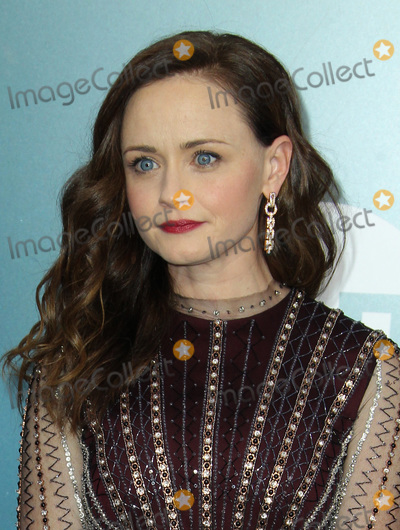 Alexis Bledel Photo - 19 January 2020 - Los Angeles California - Alexis Bledel 26th Annual Screen Actors Guild Awards held at The Shrine Auditorium Photo Credit AdMedia