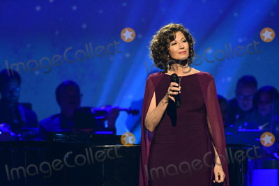 Amy Grant Photo - 27 September 2018 - Nashville TN Amy Grant CMA Country Christmas held at Belmont Universitys Curb Event Center