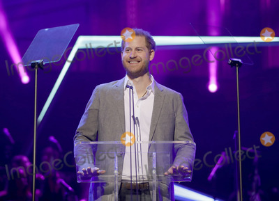 Group Shot Photo - 17 November 2019 - London UK - Prince Harry Duke of Sussex poses for a group shot as he meets nominees winners and performers at the inaugural OnSide Awards at the Royal Albert Hall Photo Credit ALPRAdMedia