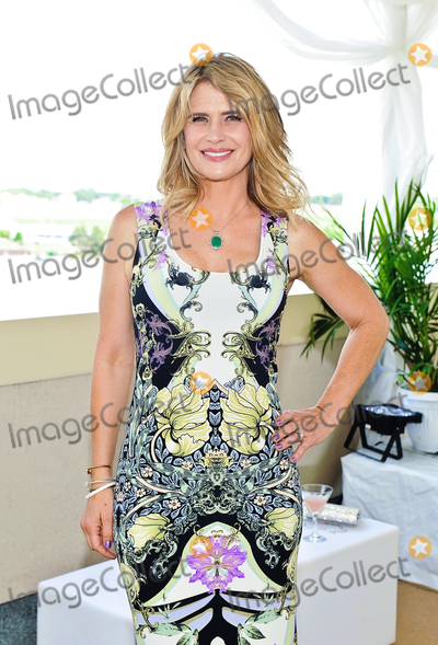 Buffie Photo - 07 March 2019 - Buffy the Vampire Slayer actress Kristy Swanson shares tribute to longtime friend and co-star Luke Perry who died after being hospitalized for a massive stroke  Swanson posted her reaction to his passing on Instagram The tears wont stop  they never ever will  File Photo 2018 Carmens Banquet Centre Hamilton Ontario Canada Photo Credit Brent PerniacAdMedia