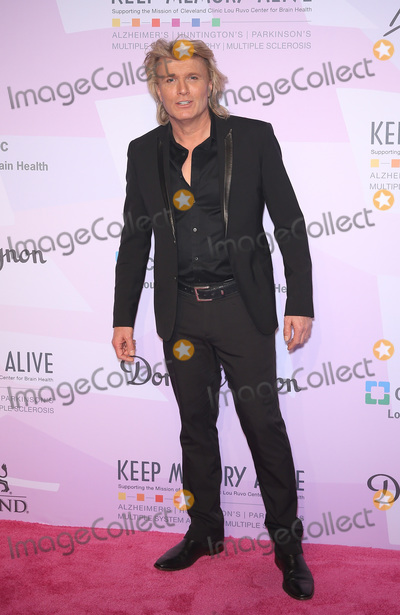 Neil Diamond Photo - 07 March 2020 - Las Vegas NV - Hans Klok  Keep Memory Alive Honors Neil Diamond at 24th Annual Power of Love Gala at MGM Grand Garden Arena Photo Credit MJTAdMedia