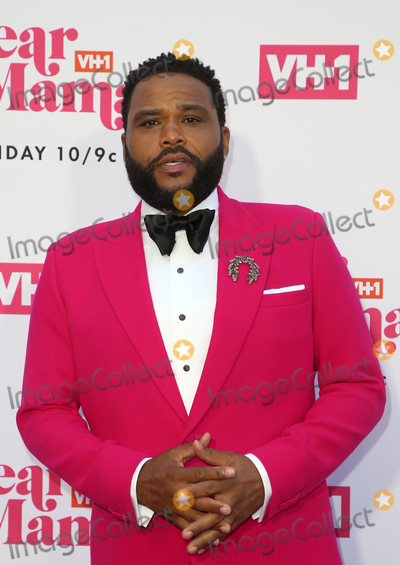 Anthony Anderson Photo - 02 May 2019 - Los Angeles California - Anthony Anderson VH1s Annual Dear Mama A Love Letter To Mom  held at The Theatre at Ace Hotel Photo Credit Faye SadouAdMedia
