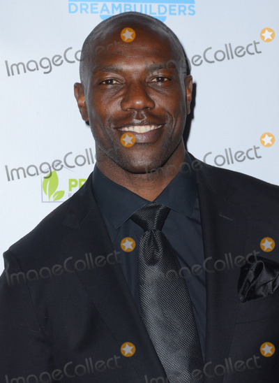Terrell Owens Photo - 05 March 2015 - Hollywood California - Terrell Owens Brighter Future for Children Gala by The Dream Builders Project to benefit Childrens Hospital Los Angeles Audrey Hepburn CARES Center held at Taglyan Cultural Center Photo Credit Birdie ThompsonAdMedia