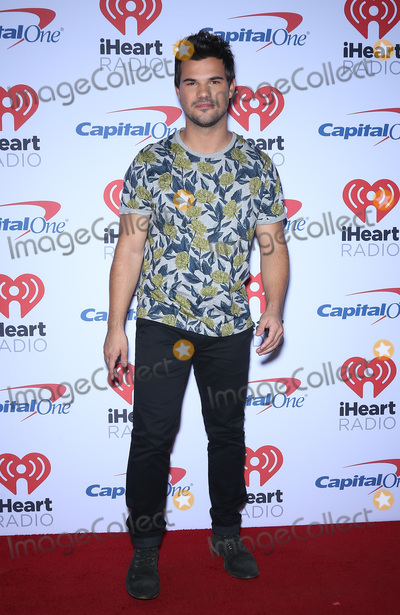 Taylor Lautner Photo - 23 September 2017 - Las Vegas NV -  Taylor Lautner 2017 iHeartRadio Music Festival at the T-Mobile Arena Photo Credit MJTAdMedia