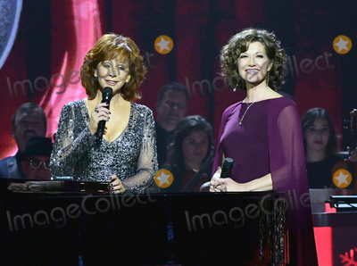 Amy Grant Photo - 27 September 2018 - Nashville TN Reba McEntire Amy Grant CMA Country Christmas held at Belmont Universitys Curb Event Center