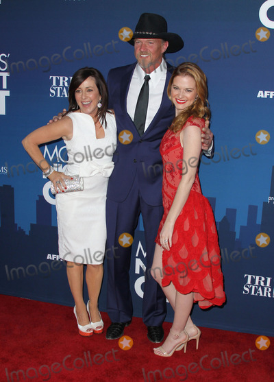 Trace Adkins Photo - 29 April 2014 - Hollywood California - Patricia Heaton Trace Adkins Sarah Drew Moms Night Out World Premiere held at the TCL Chinese Theatre Photo Credit F SadouAdMedia