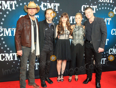 Aubrey Peeples Photo - 03 December 2013 - Nashville Tennessee - Jason Aldean Jonathan Jackson Aubrey Peeples Hayden Panettiere Chris Carmack CMT Artists Of The Year 2013 held at Music City Center Photo Credit Bev MoserAdMedia
