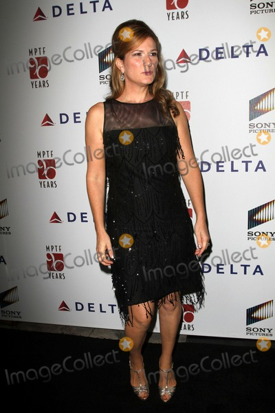 Ana Gasteyer Photo - 15 October 2011 - Culver City California - Ana Gasteyer The 6th Annual A Fine Romance Event Held At Sony Pictures Studios Photo Credit Kevan BrooksAdMedia
