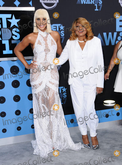 Tamar Braxton Photo - 25 June 2017 - Los Angeles California - Tamar Braxton Evelyn Braxton 2017 BET Awards held at the Microsoft Square in Los Angeles Photo Credit Birdie ThompsonAdMedia