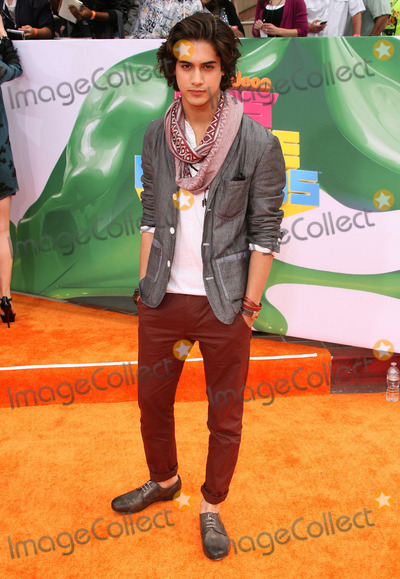 Avan Jogia Photo - 02 April 2011 - Los Angeles California - Avan Jogia 2011 Nickelodeon Kids Choice Awards held at the Galen Center Photo AdMedia