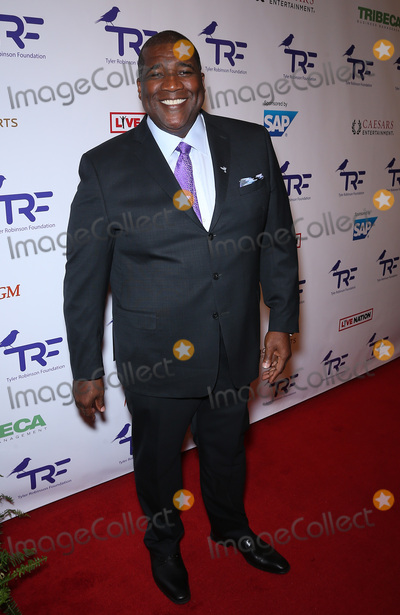 Curt Menefee Photo - 25 August 2017 - Las Vegas NV -  Curt Menefee  The Tyler Robinson Foundation 4th Annual Believer Gala at Caesars Palace Credit mjtAdMedia