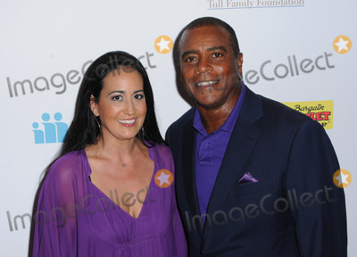Ahmad Rashad Photo - 12 August 2016 - Beverly Hills California Ahmad Rashad 16th Annual Harold And Carole Pump Foundation Gala held at the Beverly Hilton Hotel Photo Credit Birdie ThompsonAdMedia