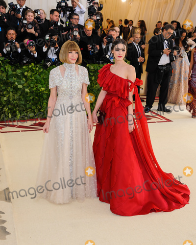 Anna Wintour Photo - 07 May 2018 - New York New York - Anna Wintour Bee Schaffer 2018 Metropolitan Museum of Art Costume Institute Gala Heavenly Bodies Fashion and the Catholic Imagination Photo Credit Christopher SmithAdMedia
