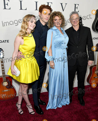 Gary Sinise Photo - 07 March 2020 - Hollywood California - Britt Roberston KJ Apa Shania Twain Gary Sinise I Still Believe Los Angeles Premiere held at Arclight Hollywood  Photo Credit Birdie ThompsonAdMedia