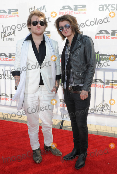 Danny Worsnop Photo - 21 July 2014 - Cleveland OH - Vocalist DANNY WORSNOP and guitarist BEN BRUCE of the British band ASKING ALEXANDRIA attend the 1st Annual 2014 Gibson Brands AP Music Awards at the Rock and Roll Hall of Fame and Museum   Photo Credit Jason L NelsonAdMedia