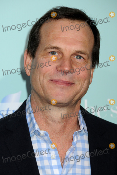 Graumans Chinese Theatre Photo - 25 February 2017 - Actor and director Bill Paxton died at age 61 from complications following surgery Paxtons highest profile television performances received much positive attention including his lead role in HBOs Big Love (20062011) for which Paxton received three Golden Globe nominations Paxton also received good reviews for his performance in the History Channels miniseries Hatfields  McCoys (2012) for which he was nominated for an Emmy Award alongside co-star Kevin Costner File Photo 02 February 2009 - Hollywood CA - Bill Paxton Hes Just Not That Into You Los Angeles Premiere at Graumans Chinese Theatre Photo Credit Byron PurvisAdMedia