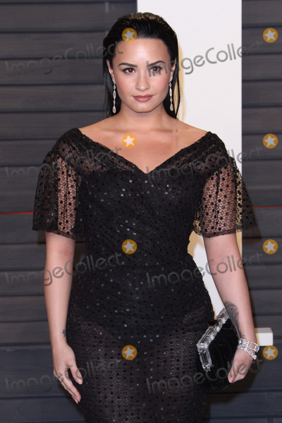 DEMI  LOVATO Photo - 28 February 2016 - Beverly Hills California - Demi Lovato 2016 Vanity Fair Oscar Party hosted by Graydon Carter following the 88th Academy Awards held at the Wallis Annenberg Center for the Performing Arts Photo Credit AdMedia