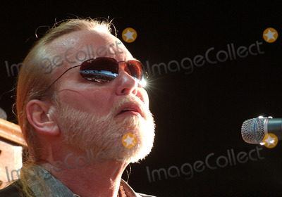 Allman Brothers Photo - 27 May 2017 - Gregg Allman the founding member of the Allman Brothers Band who overcame family tragedy drug addiction and health problems to become a grizzled elder statesman for the blues music he loved has died He was 69 Allman died at his home in Savannah Georgia according to a statement posted to his official website The statement says Allman had struggled with many health issues over the past several years Allmans longtime manager and close friend said I have lost a dear friend and the world has lost a brilliant pioneer in music File Photo 16 August 2006 - Pittsburgh Pennsylvania -  Singer  keyboardist GREG ALLMAN of the ALLMAN BROTHERS BAND performs on their 2006 Tour at the Post-Gazette Pavilion Photo Credit Jason L NelsonAdMedia