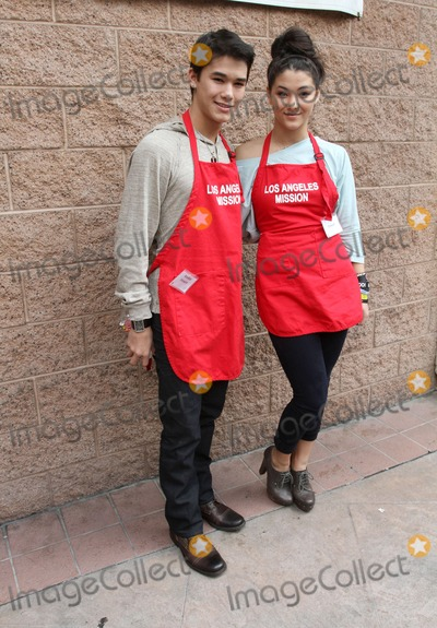 Fivel Stewart Photo - 22 April 2011 - Los Angeles California - Booboo Stewart and Fivel Stewart Los Angeles Mission Easter For The Homeless Held At The Los Angeles Mission Photo Kevan BrooksAdMedia