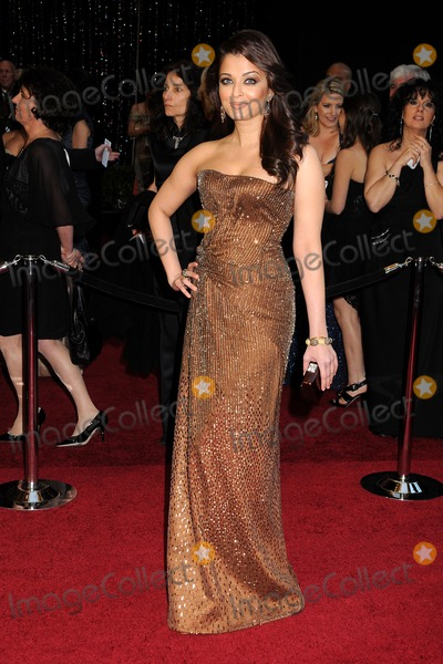 Aishwarya Photo - 27 February 2011 - Hollywood California - Aishwarya Rai 83rd Annual Academy Awards - Arrivals held at the Kodak Theatre Photo Byron PurvisAdMedia