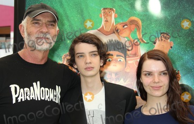 Andy McPhee Photo - 05 August 2012 - Universal City California - Andy McPhee Kodi Smit-McPhee Sianoa Smit-McPhee ParaNorman Los Angeles Premiere held at AMC CityWalk Stadium 19 Theatre Photo Credit Russ ElliotAdMedia