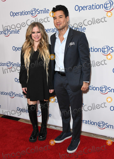 Avril Lavigne Photo - 06 November 2019 - Beverly Hills California - Avril Lavigne Mario Lopez Operation Smile Hollywood Fight Night held at Beverly Hilton Hotel Photo Credit Birdie ThompsonAdMedia